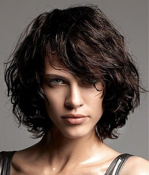 2013 bob hair trends: the layered curly bob hair style. This is a great curly bob haircut with side swept bangs. This bob hairstyle is best suited for those with naturally tight curly hair and will need regular trims to prevent split ends.