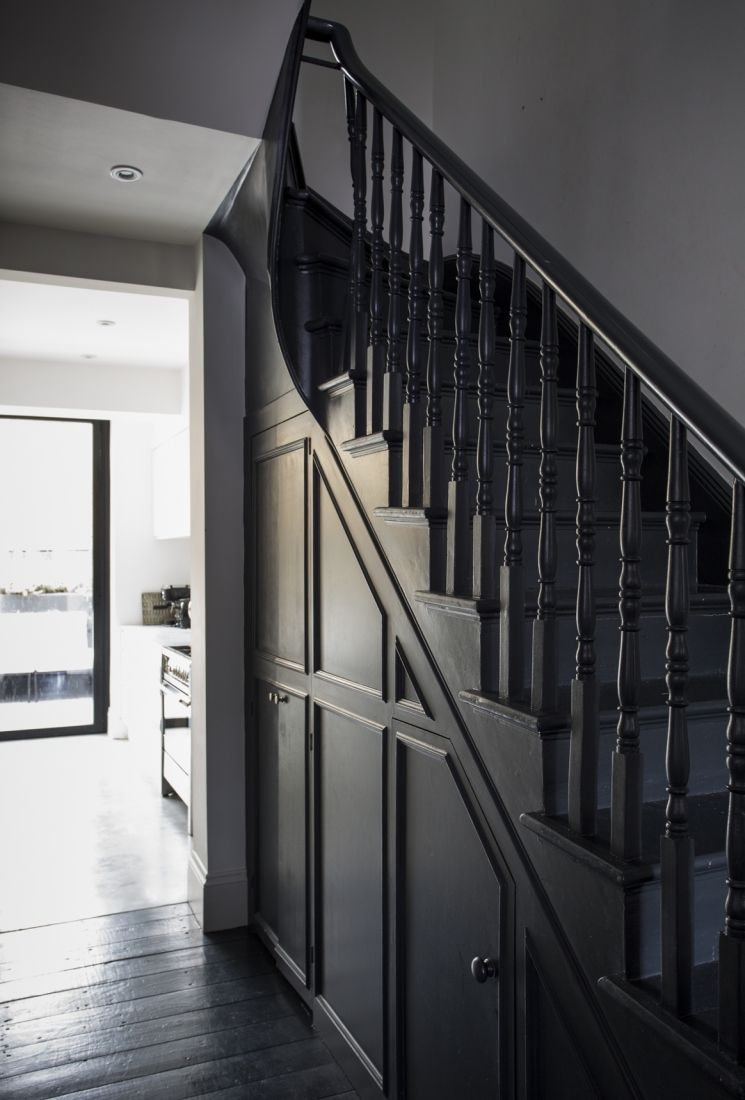Awesome 27 Painted Staircase Ideas Which Make Your Stairs Look New
