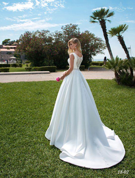 19 Hair Raising Wedding Dresses Vintage 90s Ideas Wedding Gowns