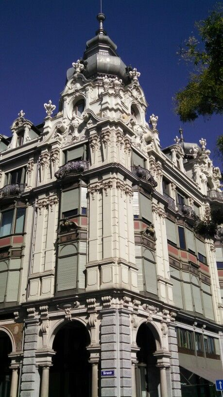 Magnificent craftsmanship in Zurich