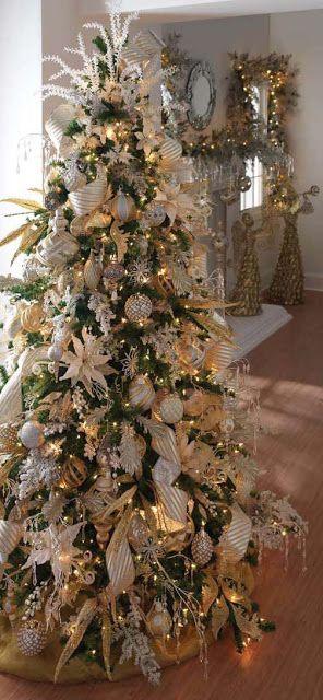 Christmastree Christmastrees Christmasdecor Christmastreetheme Christmastreecolors Christmas Decorations Christmas Tree Themes Beautiful Christmas Trees