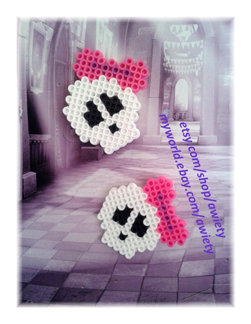 Unique SKULLETTE Pin Perler Bead: Pixel Art Inspired by MH by awiety on Etsy https://www.etsy.com/listing/123738166/unique-skullette-pin-perler-bead-pixel