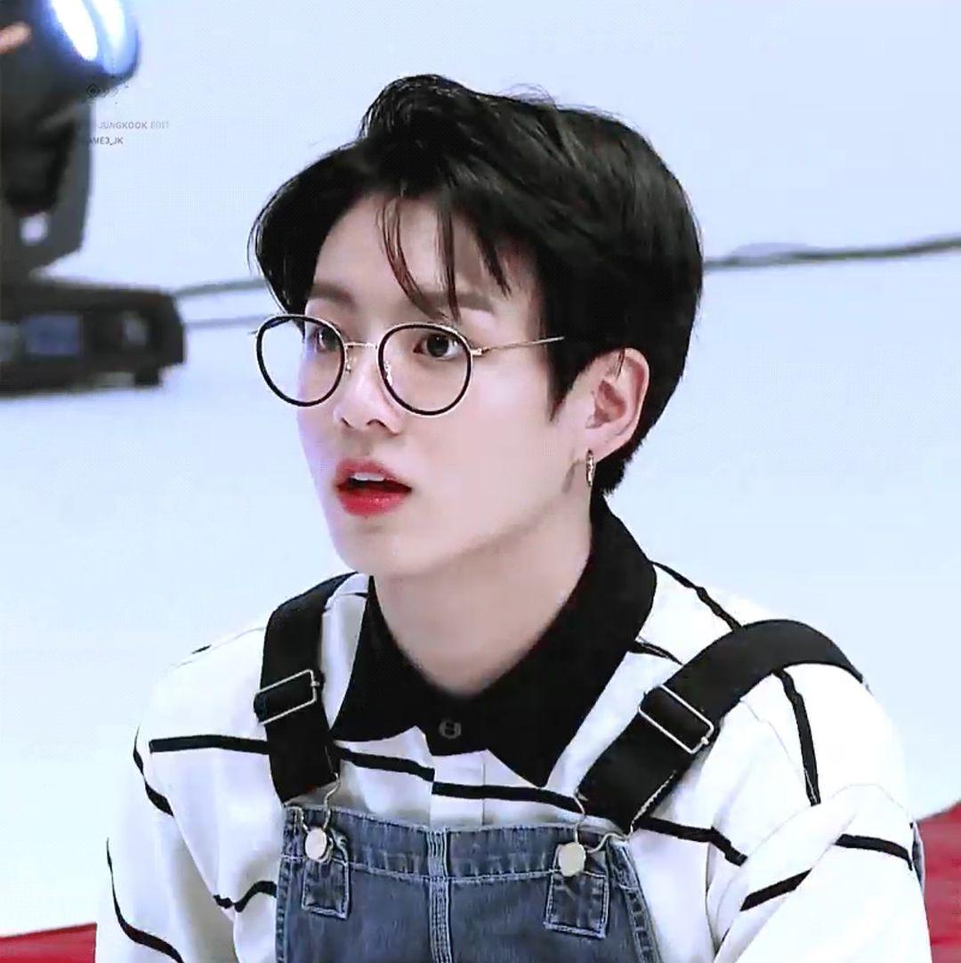 Bts Jungkook Glasses Wallpaper: Cute Kpop Idols Moments