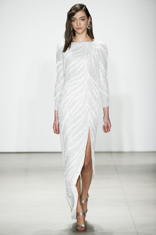 e2e1f8fb7ff0 Jenny Packham Fall 2016 Ready-to-Wear Fashion Show http   www