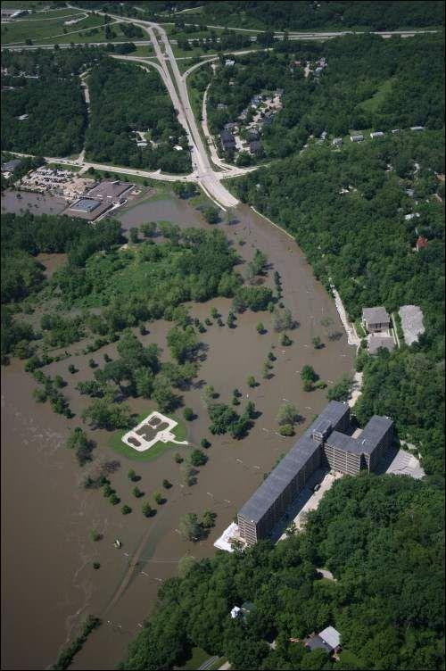 Flood Of 2008 Iowa City Ia With Images Iowa City Iowa Happy