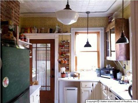 Prestige Kitchen In White With Swarovski Crystal Kitchen Cabinets Kitchen Classic Kitchens
