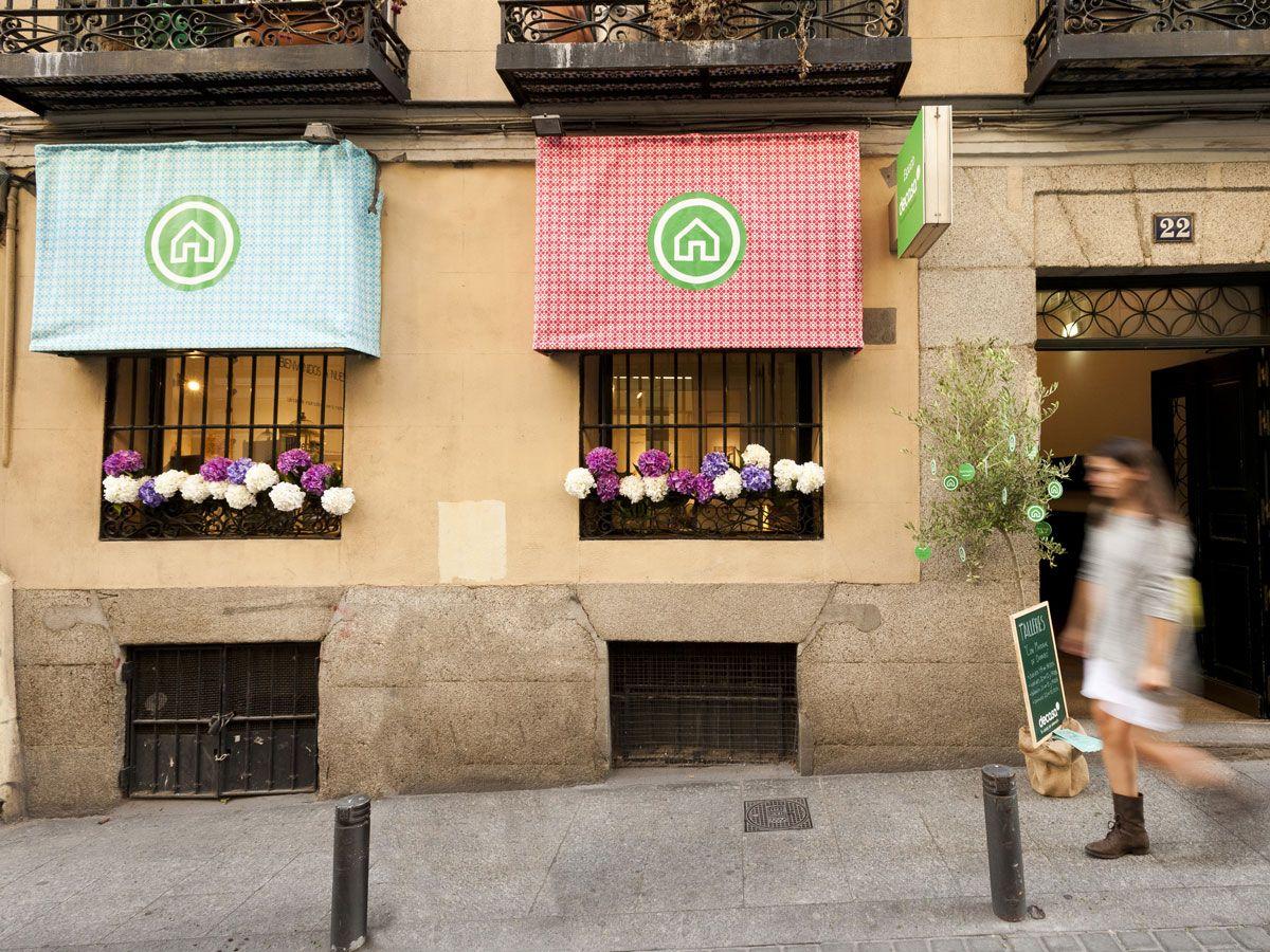 La Fachada De Nuestro Espacio En La Calle Lope De Vega 22 De  # Muebles Vega Delicias
