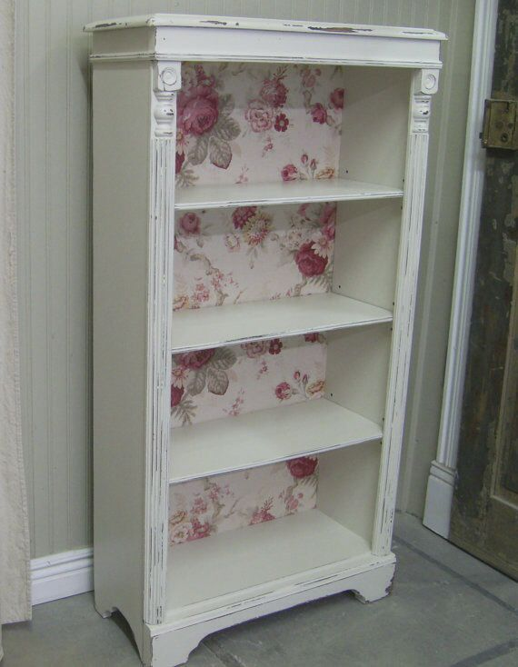 great idea just use prepasted wallpaper to back of bookcase shabby chic cottage shabby. Black Bedroom Furniture Sets. Home Design Ideas