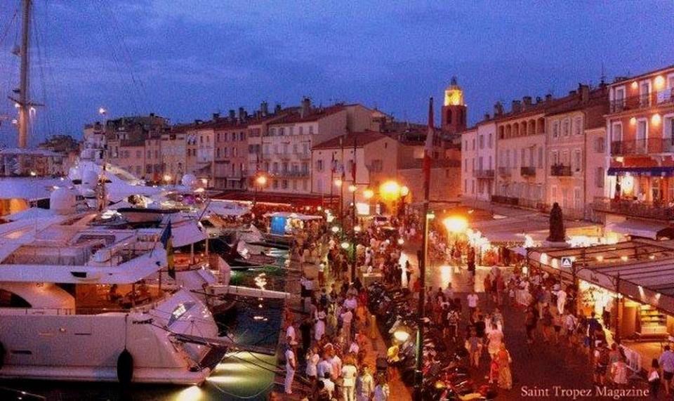 Le port , la nuit