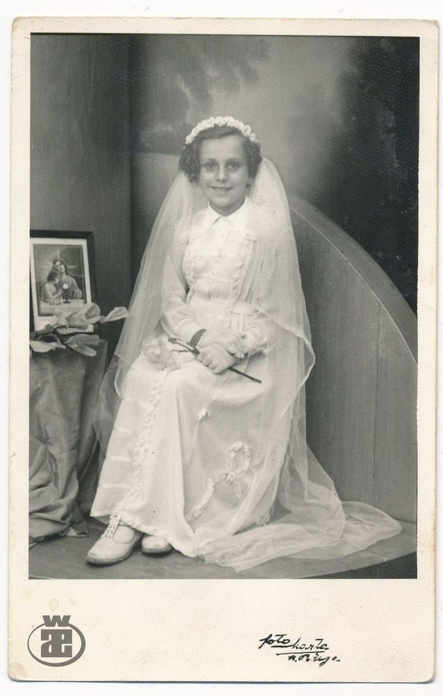 1943 First Holy Communion, Girl, White Dress - vintage old orig photo snapshot  | eBay