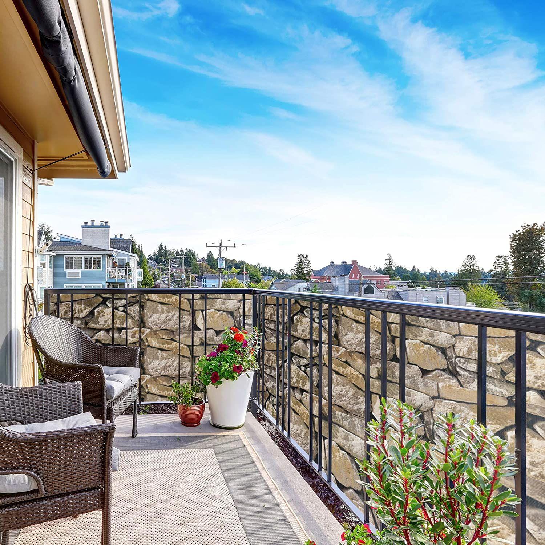 GOPLUS Sichtschutzstreifen, Zaunblende PVC, Klemmstreifen inkl. 25 Befestigungsclips, Zaunfolie zum Sichtschutz und Windschutz, 450 g/m2, für Gartenzaun Balkon (Stein-Optik, 50)