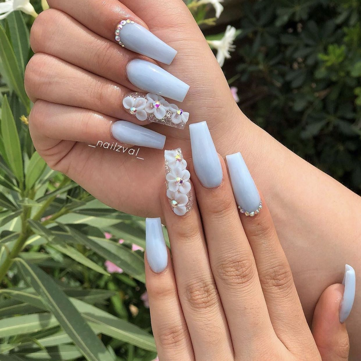 Pin By Ellen Cristina On Nail Design In 2020 Blue Acrylic Nails Quinceanera Nails Baby Blue Acrylic Nails
