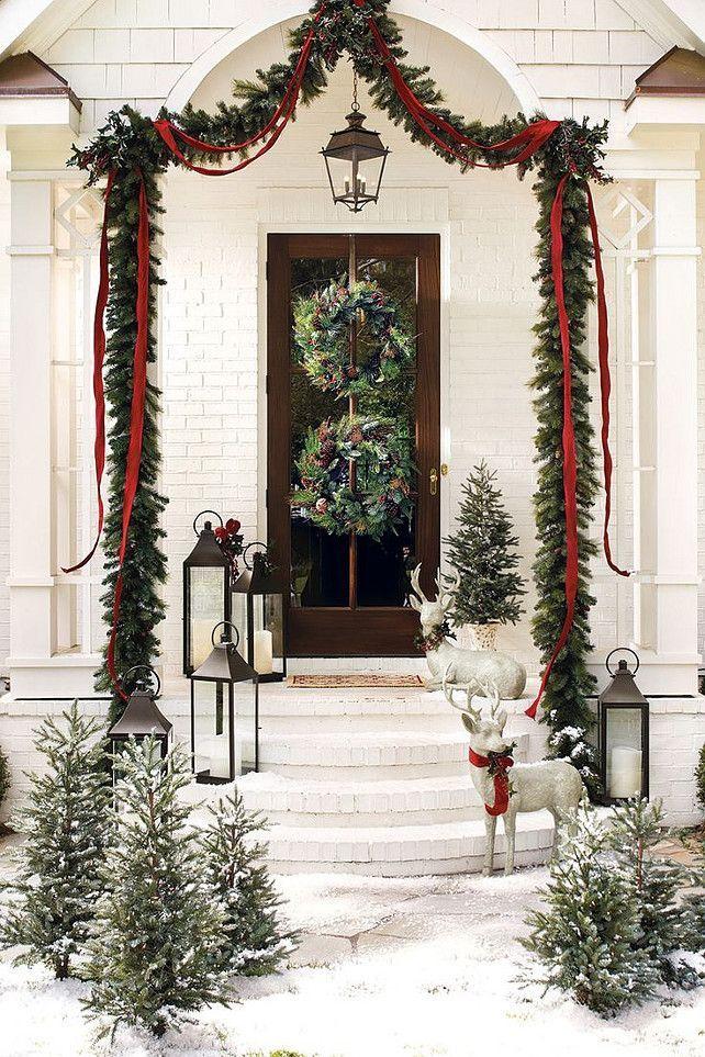 37 Beautiful Christmas Front Door Decor Ideas Christmas Door