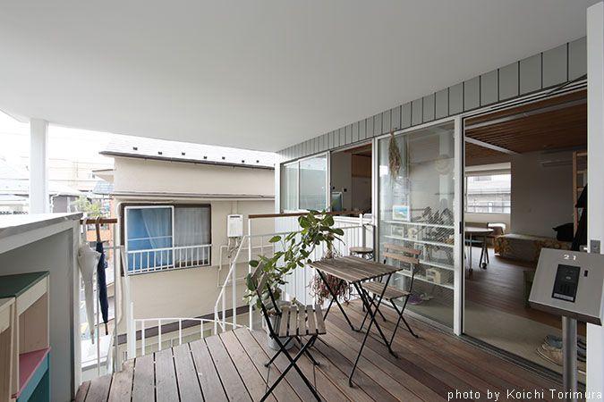 食堂付きアパート apartment with a small restaurant 解説文 この建築