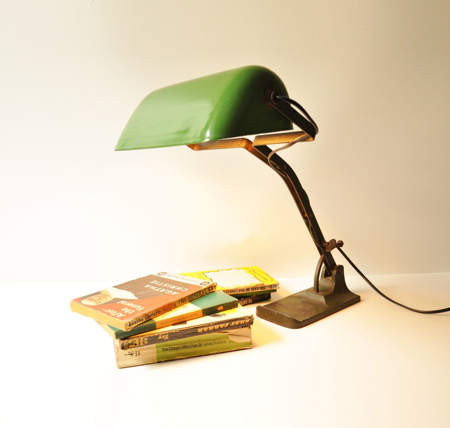 Vintage bankers desk lamp - Antique Banker S Desk Lamp Art Deco Library Light Green Enamel Shade