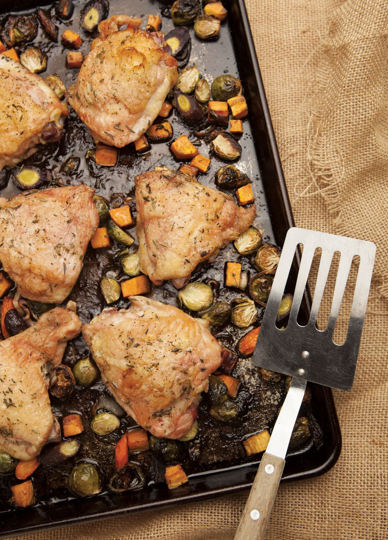 Roast Chicken Thighs With Veggies Recipe Food Recipes Cooking