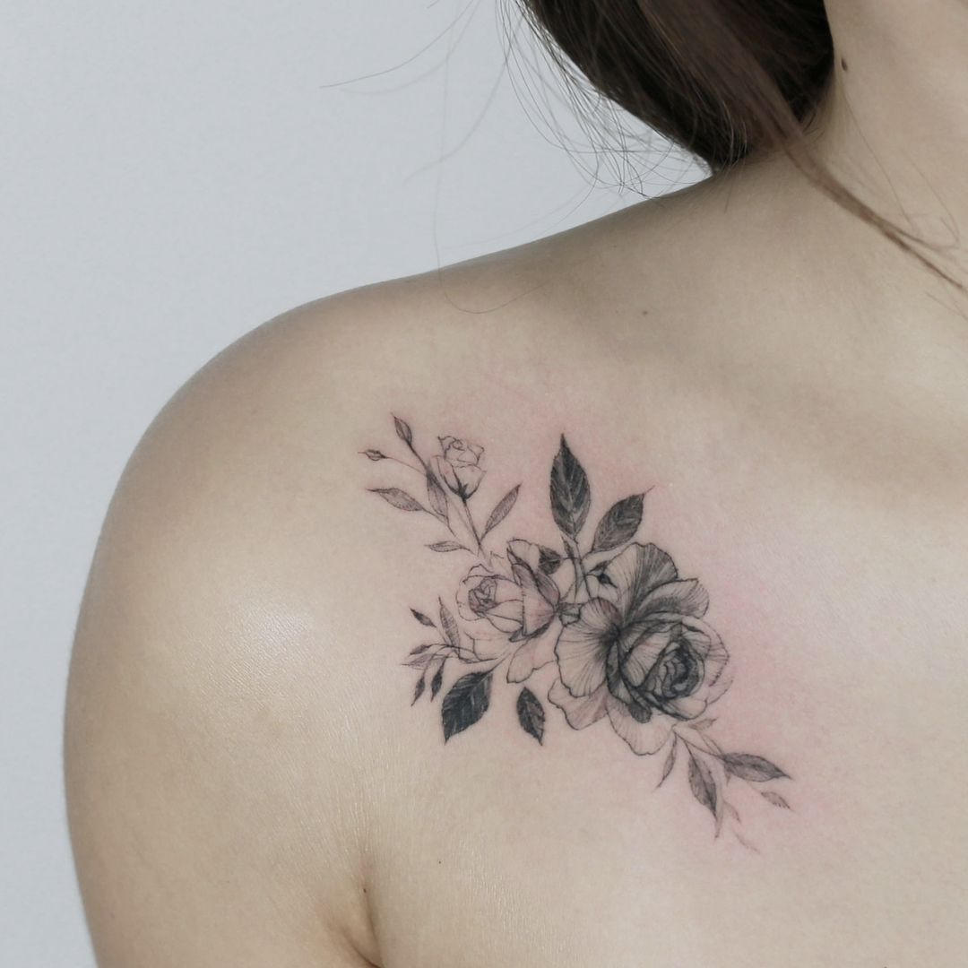 45 Front Shoulder Tattoo Designs for Beautiful Women 2019