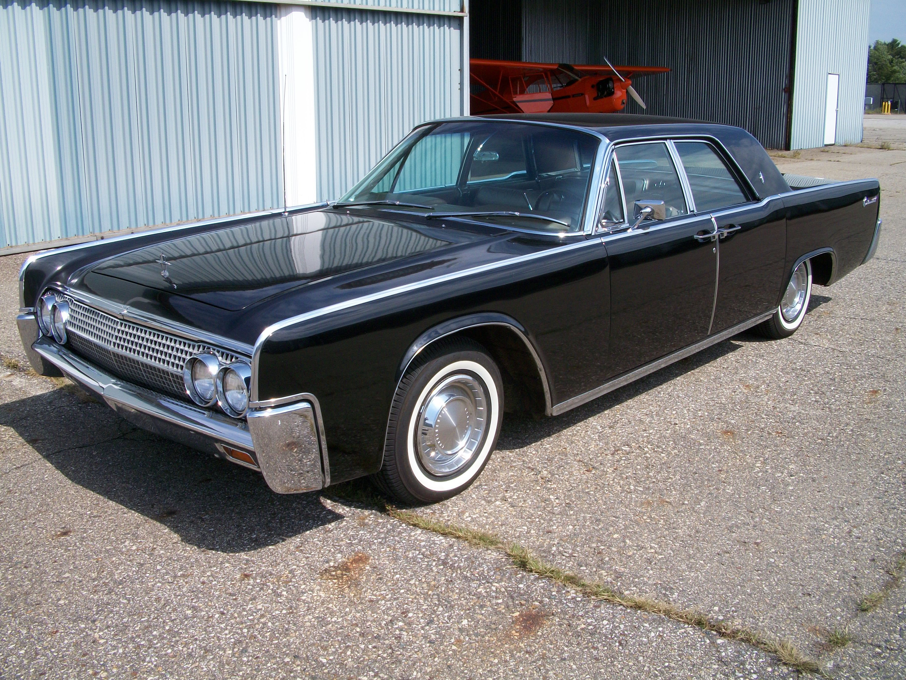 73752d5f51404b85fc53267b4d63d3fd Fascinating Lincoln Continental Used In Hit and Run Cars Trend