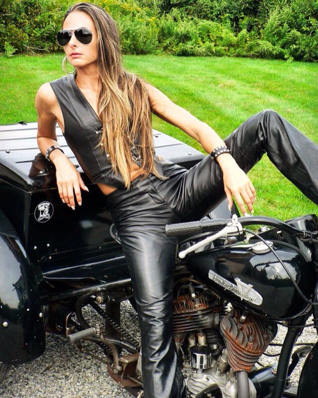 hot bikes black nack girls