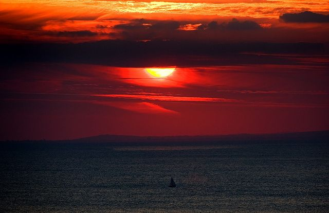 Sunset Over The Channel Le Manche By Alan Mackenzie On Flickr Sunset Nature Sunrise
