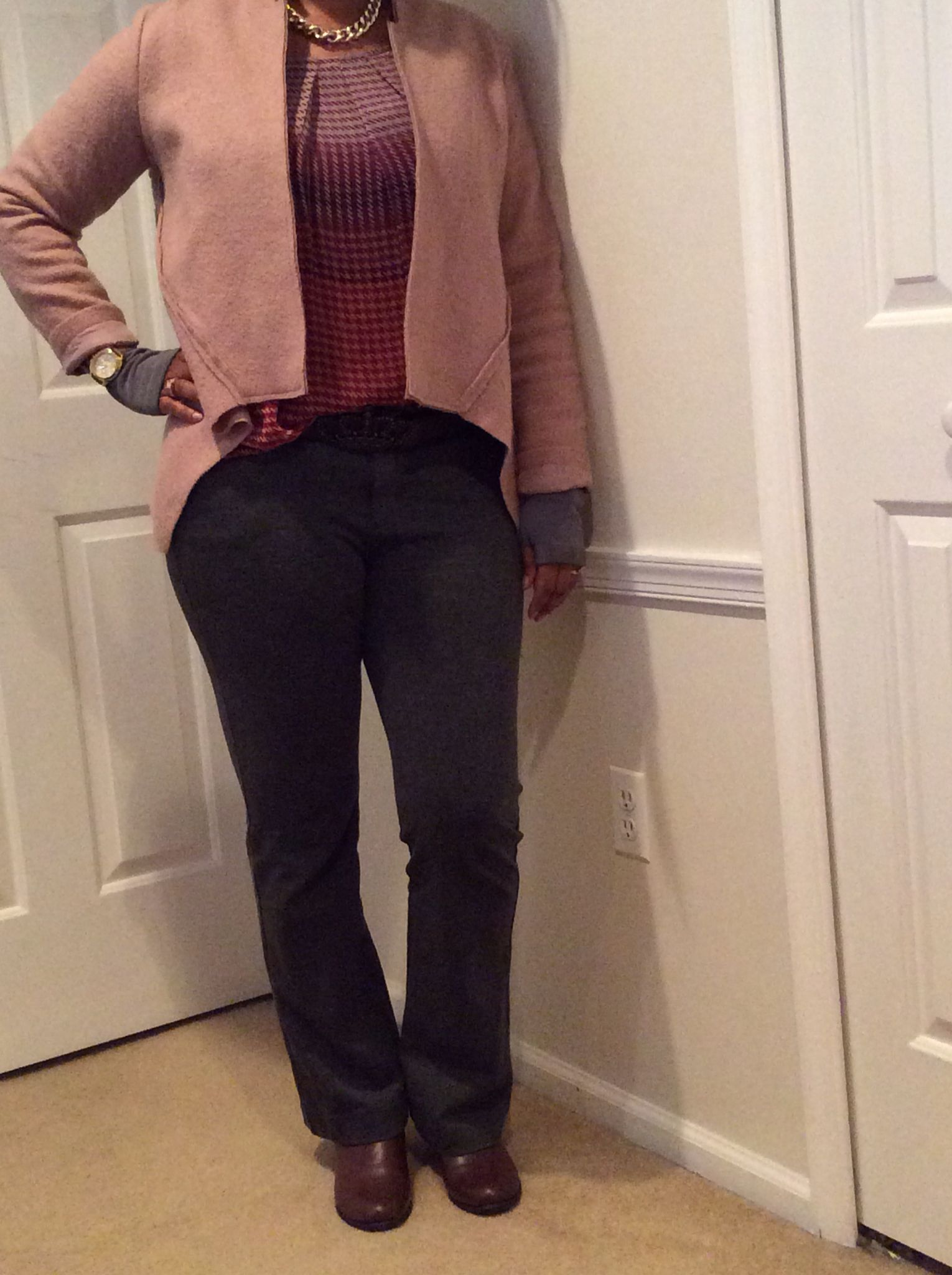 66b4af03684627 CAbi - my favorite trousers (gray), houndstooth cami, Valentina jacket,  princess belt