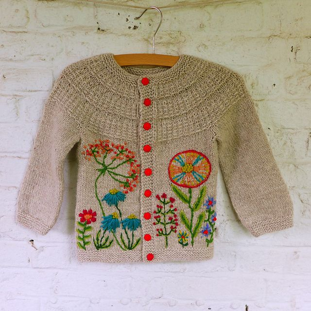 8c02e2b44e96 Round up of beautiful projects for babies and kids  Hyphen cardigan ...