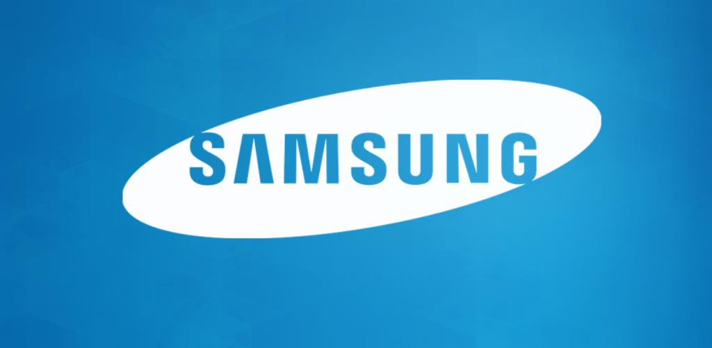 Se lanza una versión especial del Samsung Galaxy Note 5 con 128 GB - See more at: http://ift.tt/1IYwQuG  Viernes 18 de Diciembre 2015.Por: Yomar Gonzalez | AndroidfastApk  Desde el mismo día de la presentación del Samsung Galaxy Note 5 se especulaba con la llegada de una versión que tendría 128 GB de espacio de almacenamiento. Y esto se ha confirmado ahora cuando se ha conocido que la compañía coreana ha lanzado una variante que coincide con las fechas navideñas de este phablet que tiene…