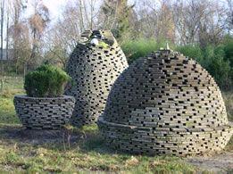 Rotsplanten in stenen bollen doarpst n heech pinterest rotsplanten bollen en stenen for Tuin decoratie met stenen