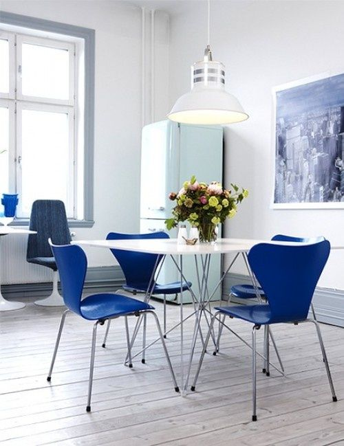 Blue Kitchen I'm totally LOVING those chairs!!!