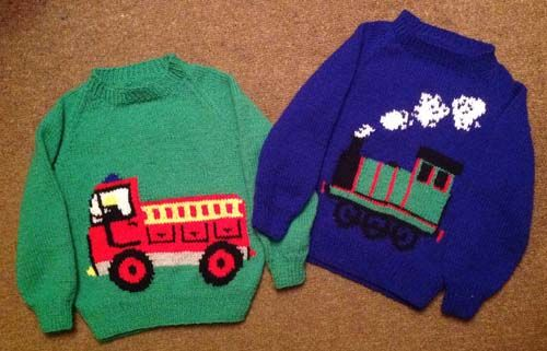 """28/"""" baby//childrens DK Tejer patrón Thomas The Tank Engine Sweater 20 /"""""""