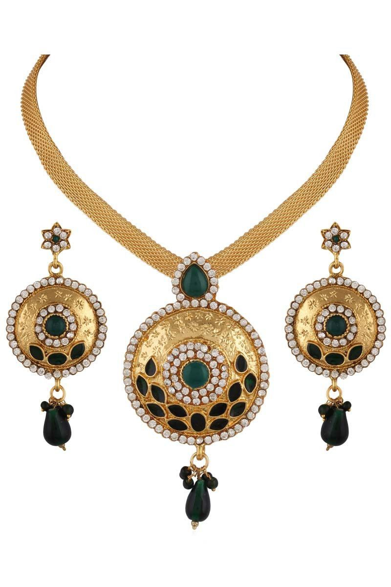 Green stone stud gold plated round shaped chain pendant set for