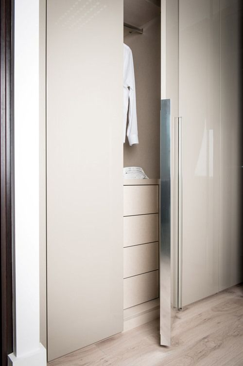 Hinged Door Wardrobes & Light Dove Grey Gloss Lacquer Doors are a labour of truly ...
