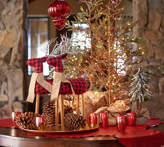 lit red berry trees - Red Berry Christmas Tree Decorations