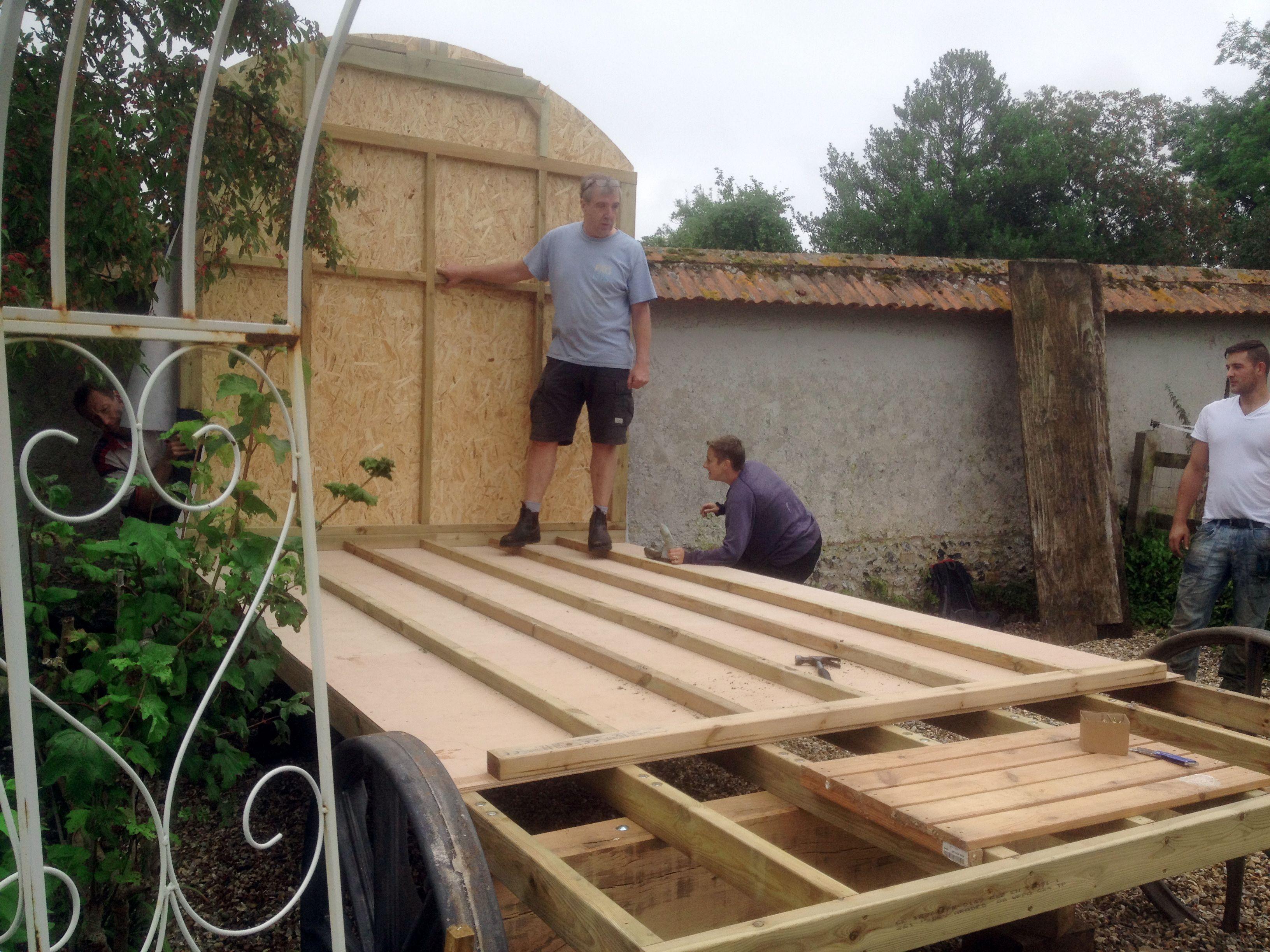 Moving A Shepherd S Hut Kit Into A Tight Spot Shepherds Hut Hut Glamping Site