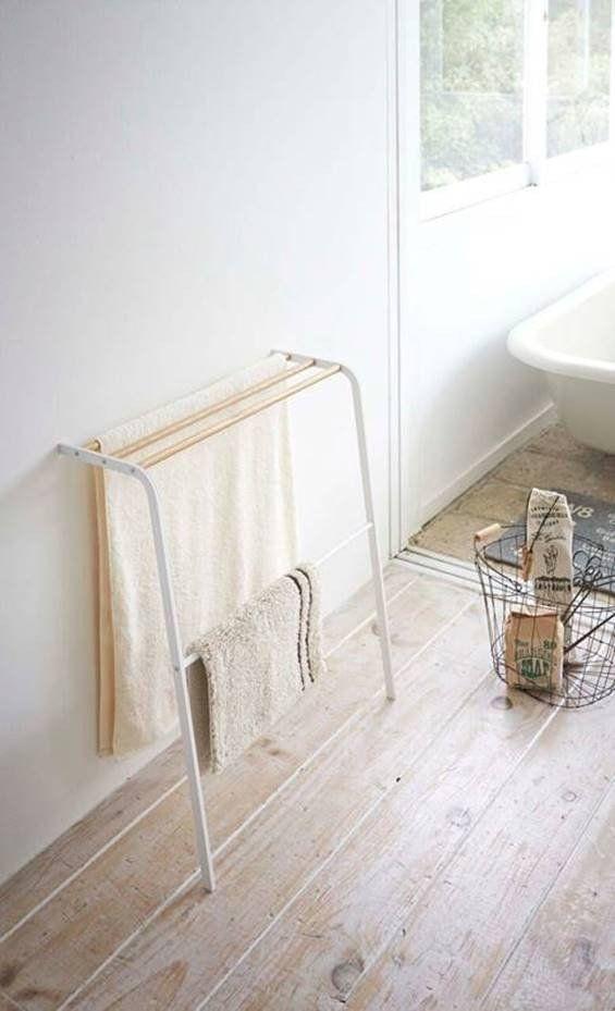 Leaning Bath Towel Hanger Design By Yamazaki Apartment