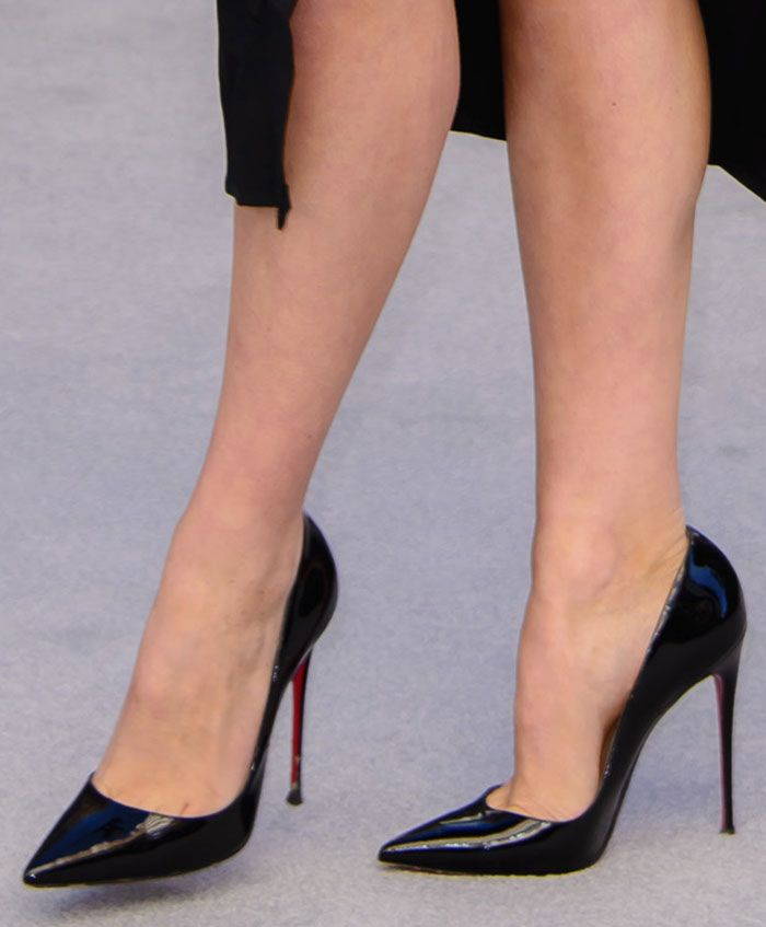 3a7547cdcfb1 Tallia Storm in Christian Louboutin  So Kate  pumps
