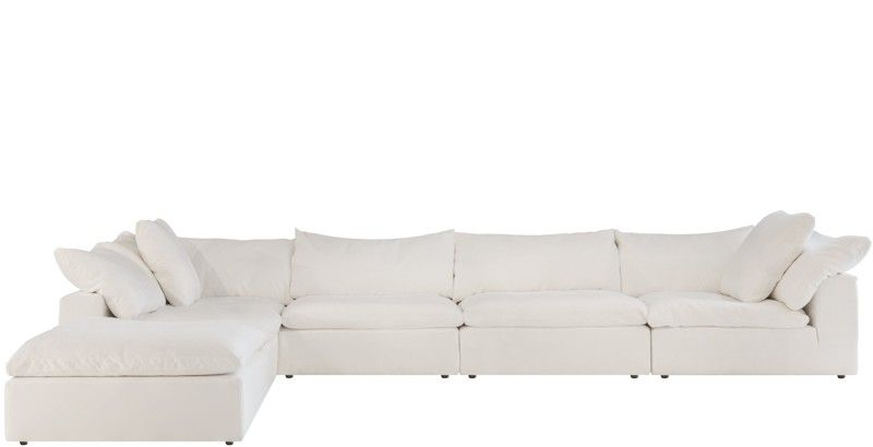 We Showcase Comfortable Designer Couches And Sofas For Sale From Leather And Modular Couches To Daybeds And Outdoor So Modular Sofa White Sofas Modular Couch