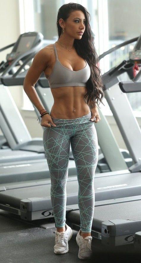 Sexy gym girls