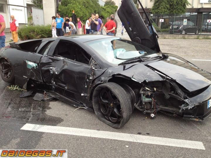 Lamborghini Murcielago Wrecked Lamborghini Crashes Super Cars