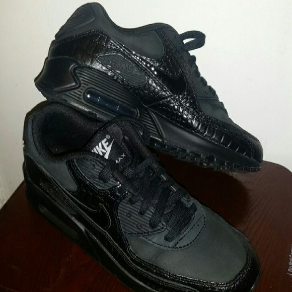 nike air max 90 womens black croc