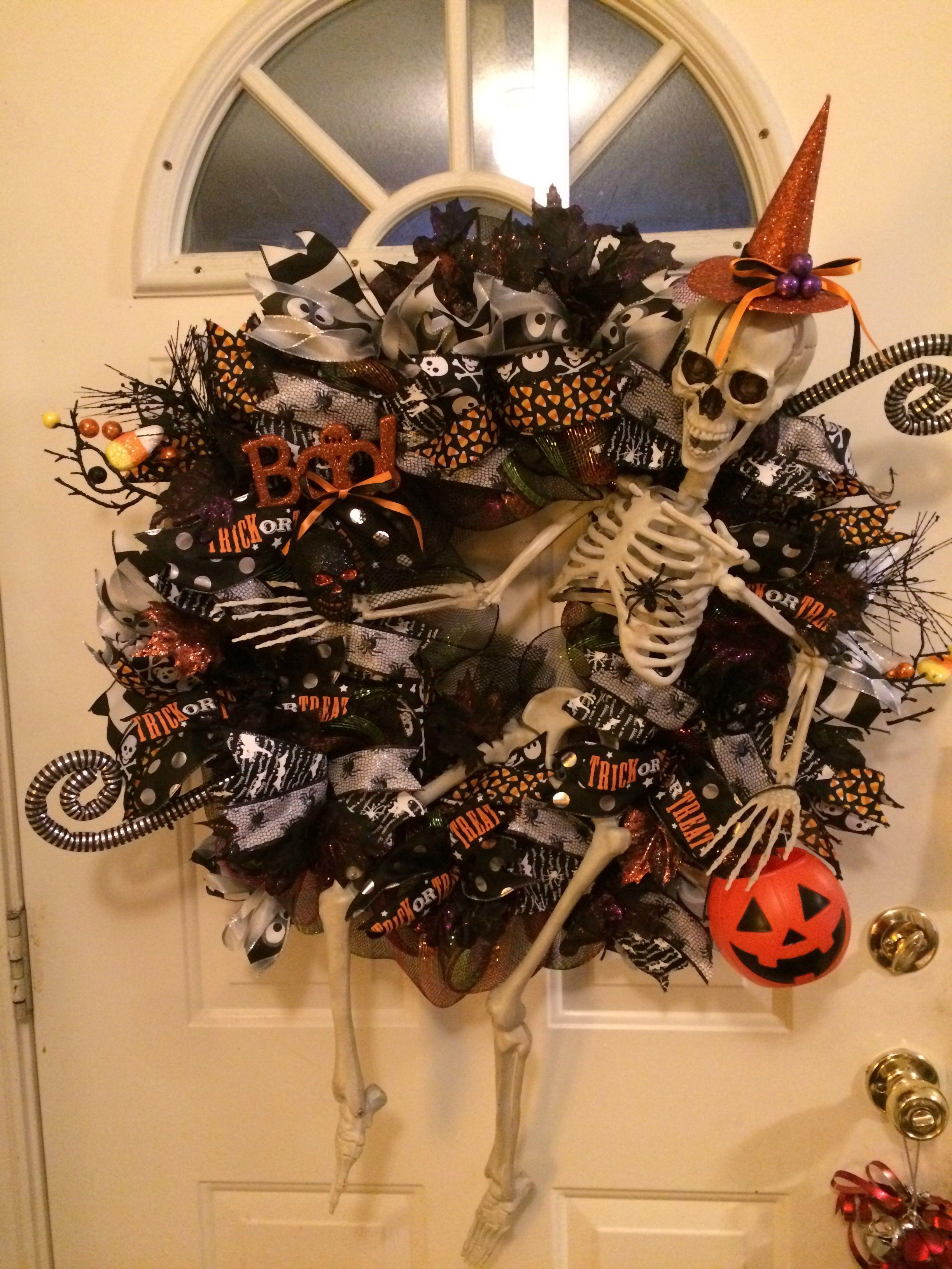 Skeleton Halloween Wreath 2016