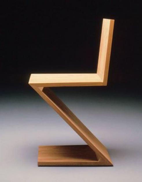 La Plus Minimaliste La Chaise Zig Zag Est L Une Des Oeuvres Les Plus Tardives 1934 Et M In 2020 Furniture Design Chair Art Furniture Design Bauhaus Design Furniture