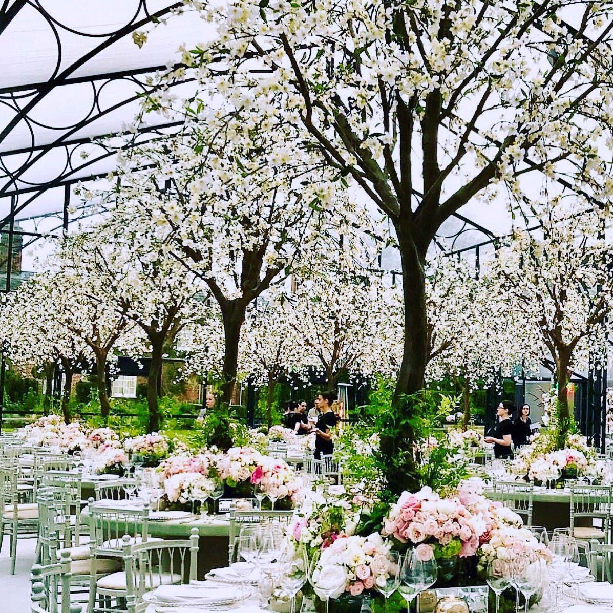 Pippa S Exclusive Glhouse Featured Gorgeous Fl Decor Within Middleton Dreamy Wedding To Hedge