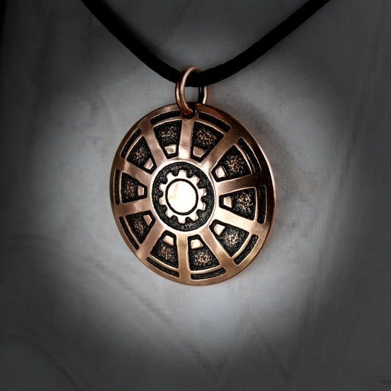 Arc Reactor, Iron Man, Iron Man jewelry, Marvel, Superhero gift, The Avengers, Tony Stark, Marvel comics, Marvel jewelry, Avengers Endgame #superherogifts