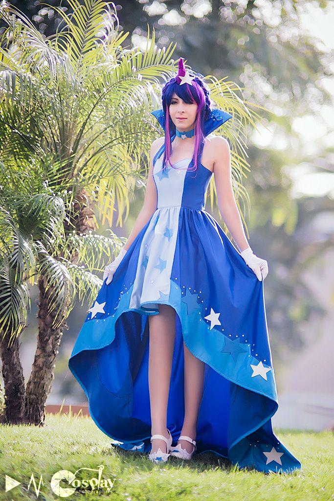 Twilight sparkle cosplay