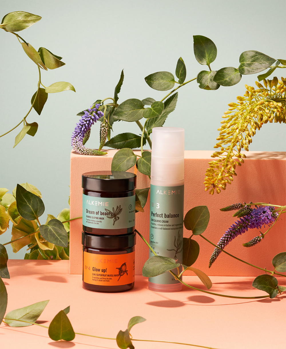 Behance 新项目 Cosmetics photography, Beauty products