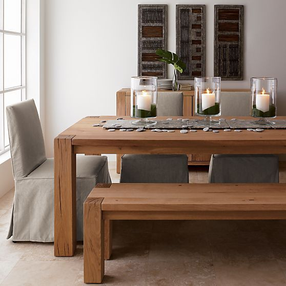 With A Plain Wood Table There S Nothing To Fear Not With The
