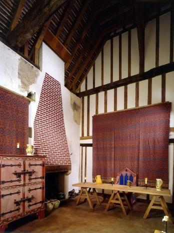 medieval merchant 39 s house english heritage history. Black Bedroom Furniture Sets. Home Design Ideas