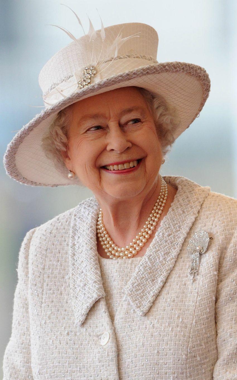 Un Giorno Da Regina Elisabetta Ii Regina Elisabetta La Regina Regina D Inghilterra