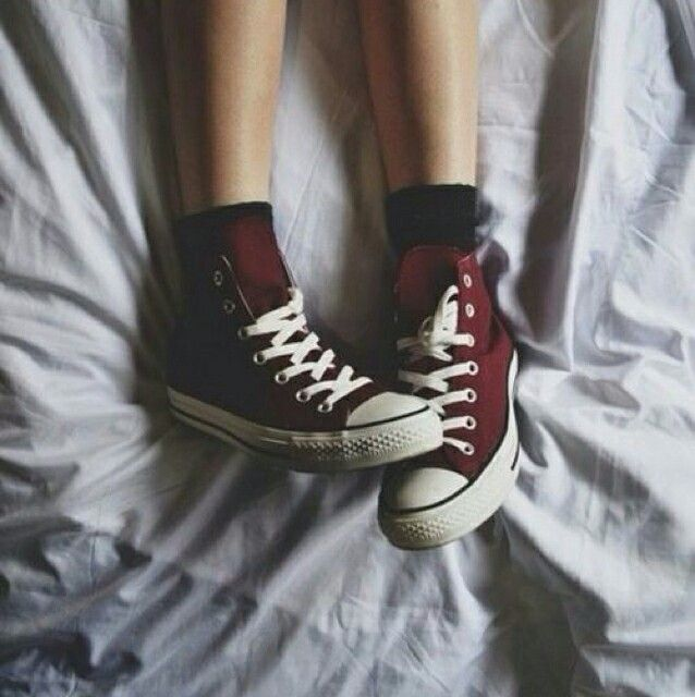 54bf3e6245c5ec I m gonna buy some red sneakers and wear them with all my Harry Potter  themed clothing